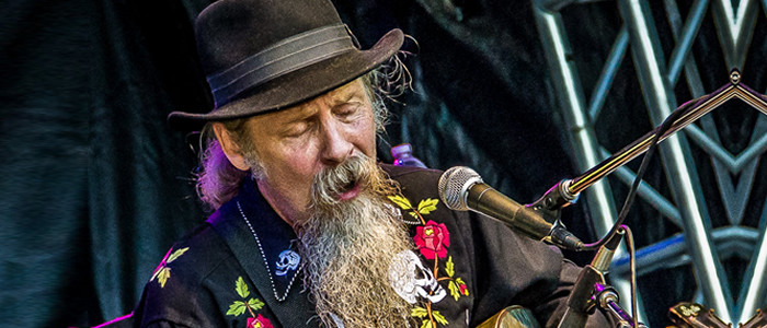 Vagabond Bluesman Doc Maclean Reveals Details for his Spook'n Diesel South African Tour